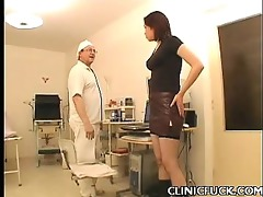 hawt dark brown clinic tit play